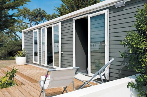 terrasse mobil home abri de jardin mobil home guide du mobil home. Black Bedroom Furniture Sets. Home Design Ideas