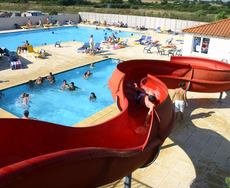 Vente mobil home bourgneuf en retz loire atlantique for Piscine munster tarif