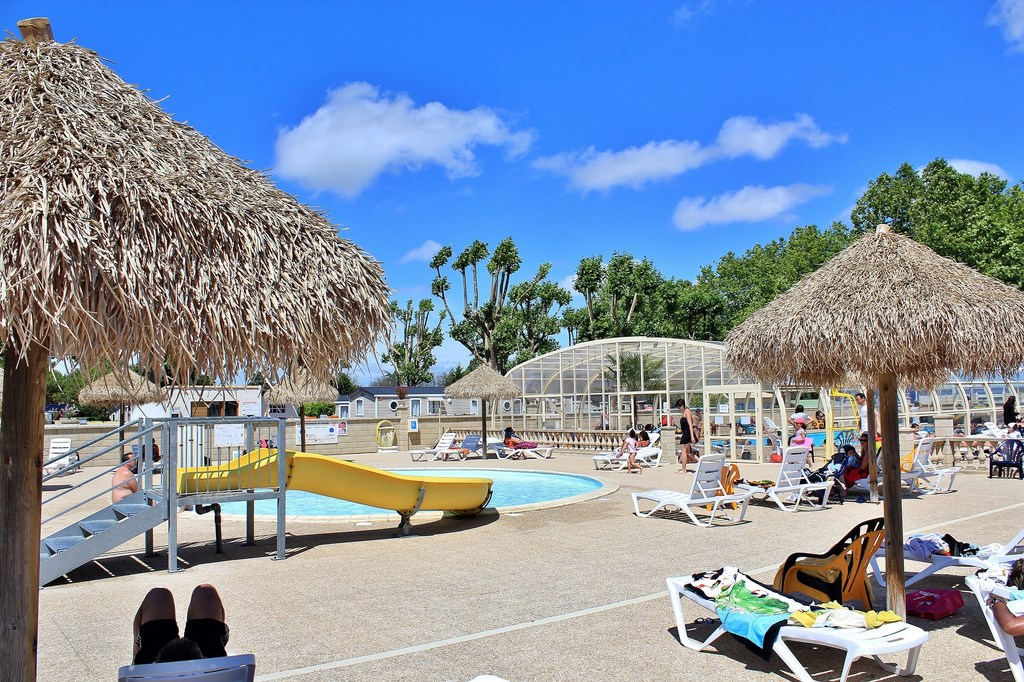 Vente mobil home saint augustin charente maritime for Camping a la ferme auvergne piscine