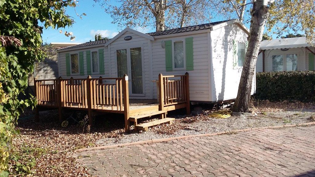 vente mobil home agde h rault terrain mobil home camping 34agd028. Black Bedroom Furniture Sets. Home Design Ideas